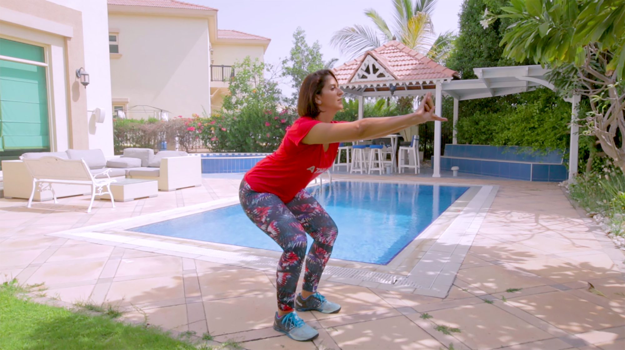 MOVE IT WITH MONA – BEGINNER WORKOUTS